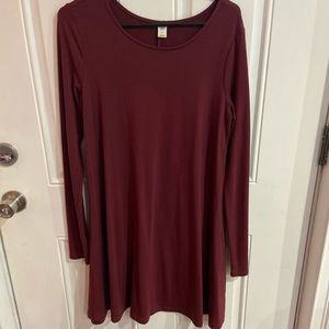 Old Navy Maroon shift dress